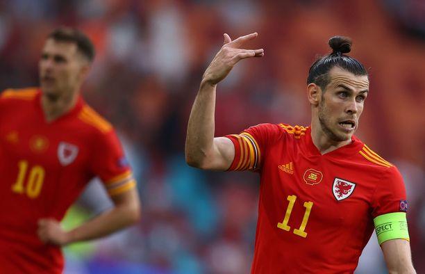 Balen ja Walesin tie tyssäsi pudotuspelien ensimmäisellä kierroksella.