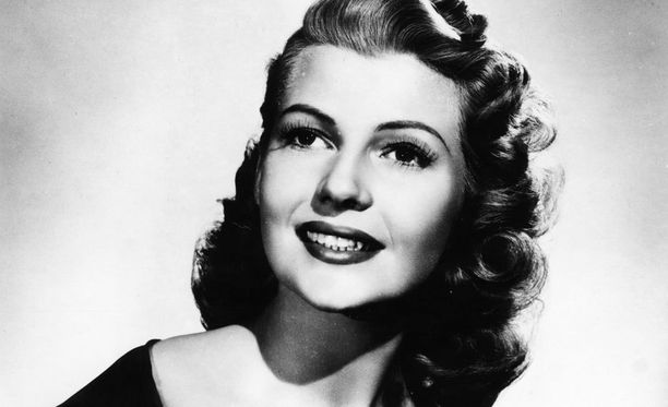 Rita Hayworth halusi kätkeä latinopiirteensä.