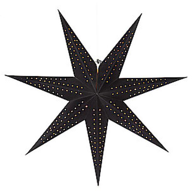 Kaipaatko kontrastia vaaleaan sisustukseen? Musta joulutähti on pinnaltaan samettinen. Sisäpuoli hehkuu kultaisena. Tähti Clasohlson.com. Hinta 14,99.