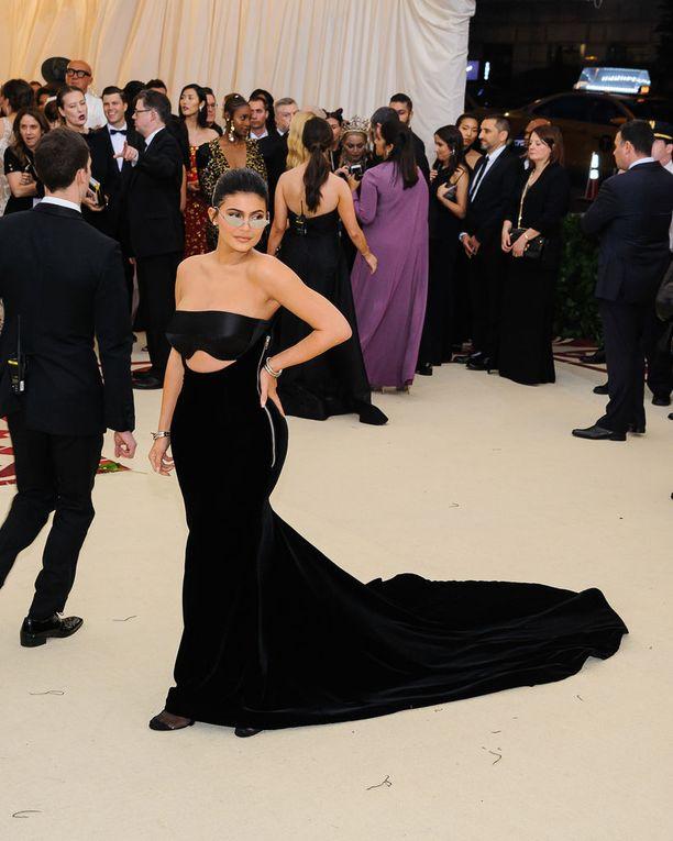 Kylien Jenner ylsi listalla kolmanneksi.