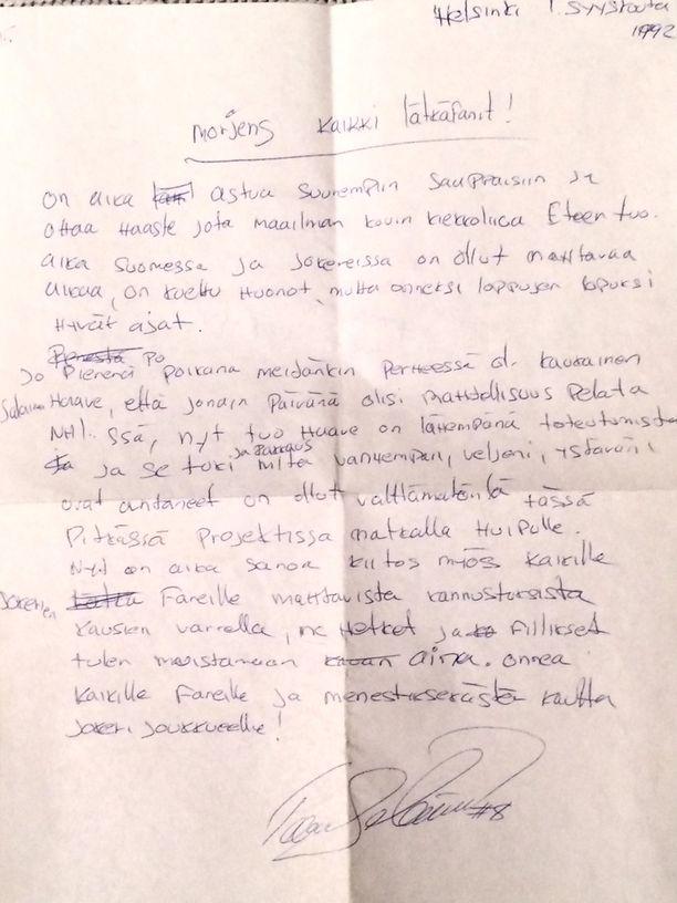 NHL:ään suunnannut Teemu Selänne kirjoitti syksyllä 1992 faneille tunteikkaan kirjeen.