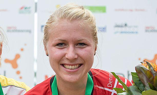 Maailmanmestari Maja Alm oli yksi alastomana kuvattu suunnistaja.