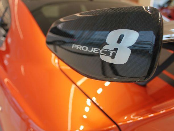 Ennätysauto. Jaguar XE SV Project 8 on nopein neliovinen sedan Nürburgringillä.