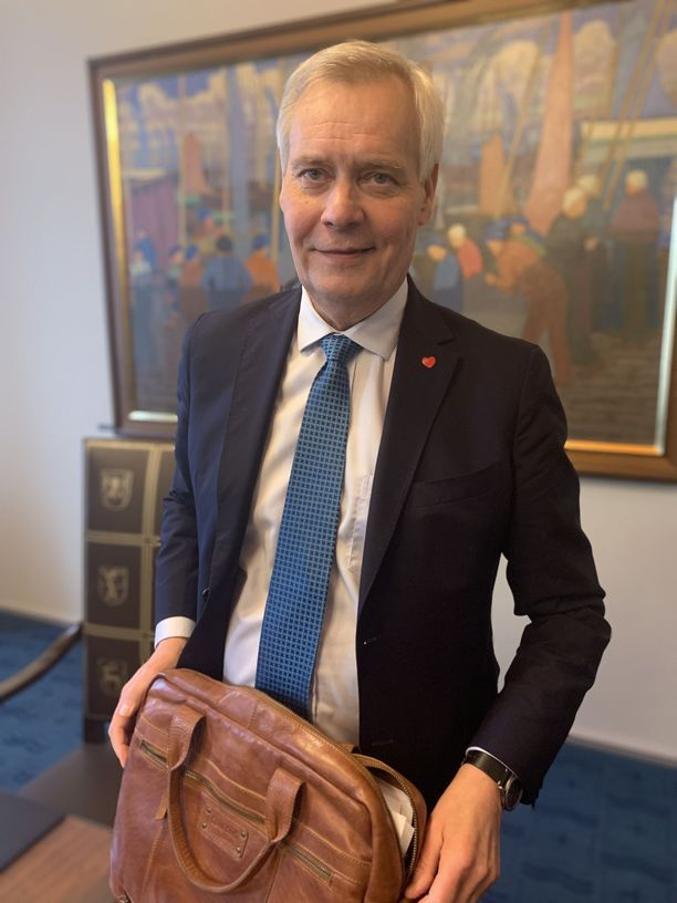 Pääministeri Antti Rinne (sd) on vakuuttunut, että Britannia on nyt aidosti hakemassa brexit-sopua EU:n kanssa.