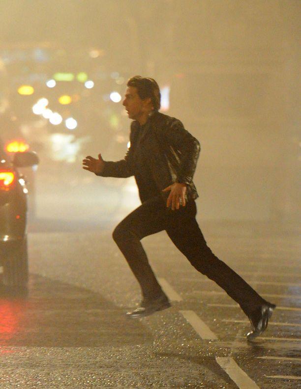 Mission Impossible -elokuvasarjan tuoreimmassa pätkässä näyttää tuttuun tapaan riittävän vauhtia.