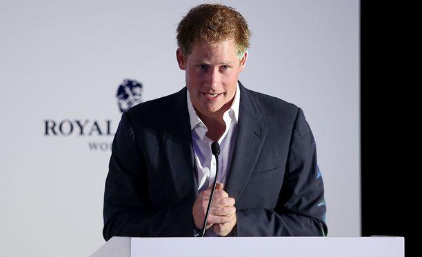 Prinssi Harry puhui julkisesti Abu Dhabissa.