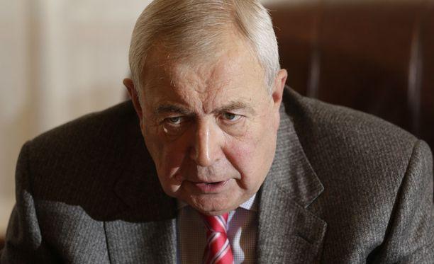 Venäjän Suomen suurlähettiläs Aleksandr Rumjantsev kehuu Suomen ja Venäjän suhteita ja arvioi, että Suomen nato-jäsenyys muuttaisi tilannetta myös konkreettisesti rajalla.