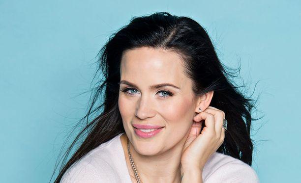 Miss Helsinki -kilpailua pyörittävä Martina Aitolehti toivoi Carola Millerin voittoa.