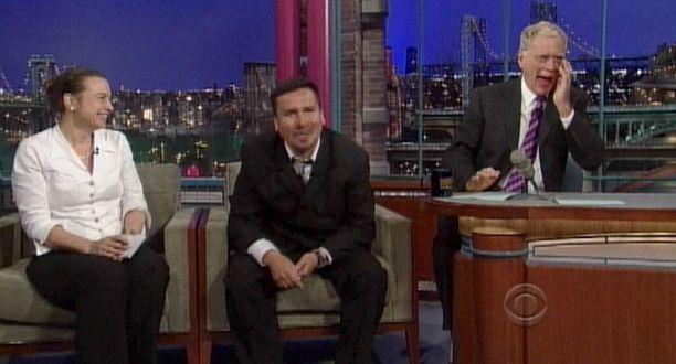 David Letterman joutui pyyhkimään silmäkulmansa esityksen jälkeen.