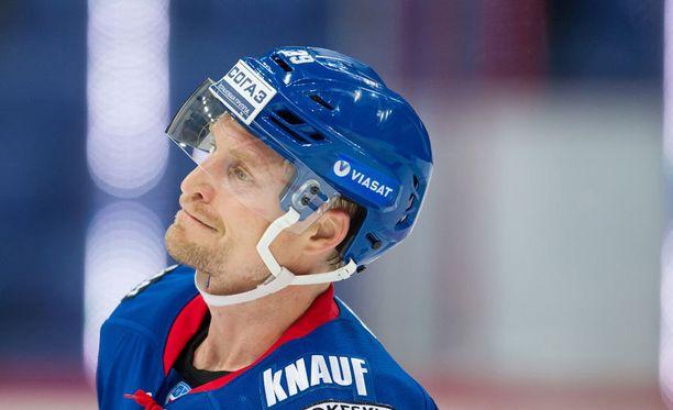 Niko Kapanen parantaa taas perjantaina KHL:n ennätystä.