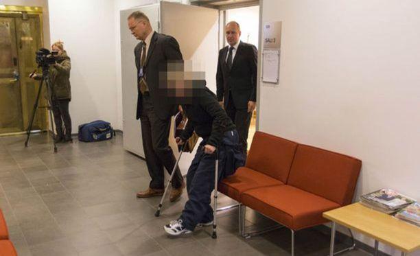 Syytetyn vangitsemisoikeudenkäynti pidettiin maaliskuussa.