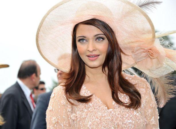 Aishwarya Rai Bachchanin, 38, esikoinen syntyi viime marraskuussa.