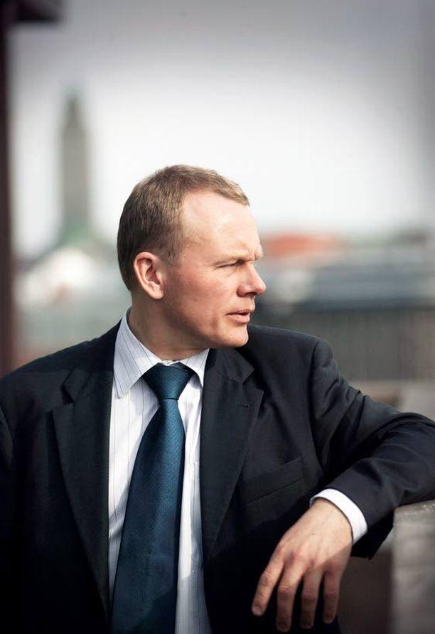 Timo Rätyä pidetään luonteeltaan vaikeana johtajana.