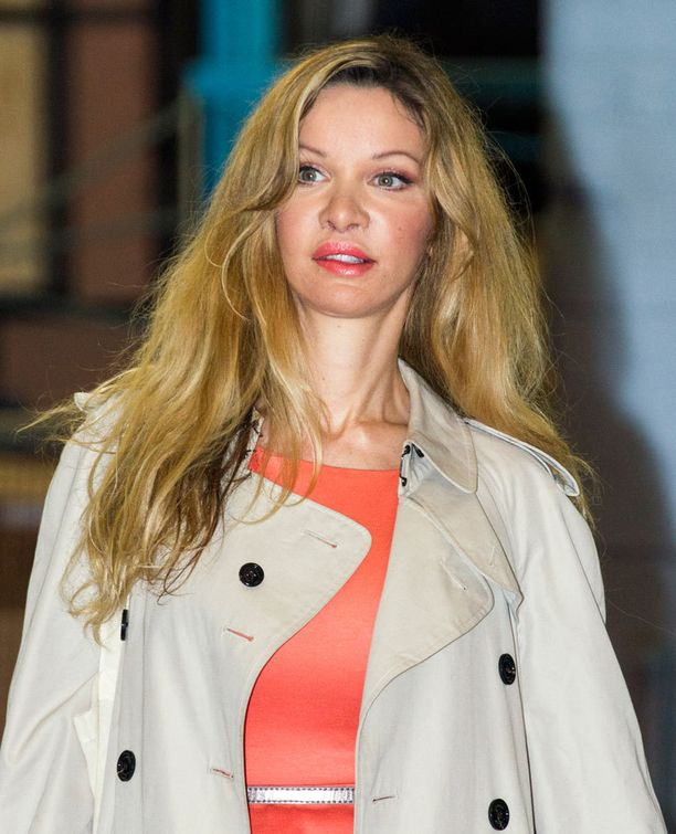 Alicia Douvall on tunnettu 350 kauneusleikkauksesta. Rahaa niihin on Daily Mailin mukaan uponnut 1,5 miljoonaa puntaa.