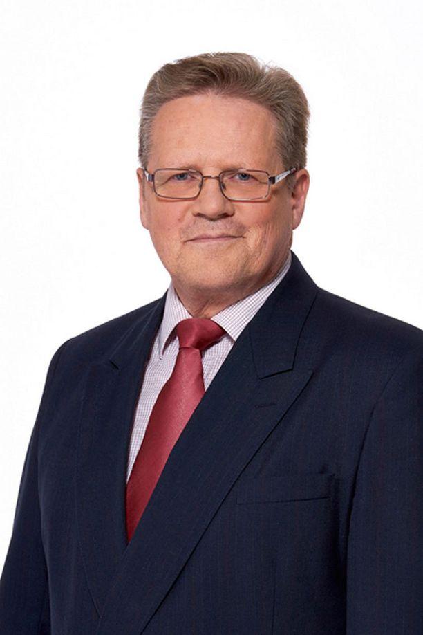 - Elämä jatkuu ja näillä mennään, tuumaa tarkastuslaskennan eduskunnasta tiputtama Seppo Särkiniemi (kesk).