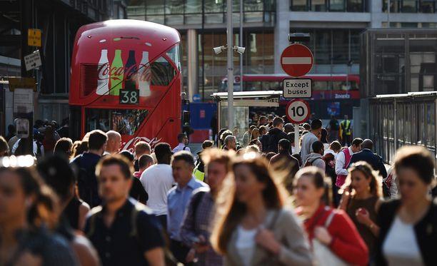 Lontoon metrolakko häiritsee miljoonia kaupungin matkustajia.