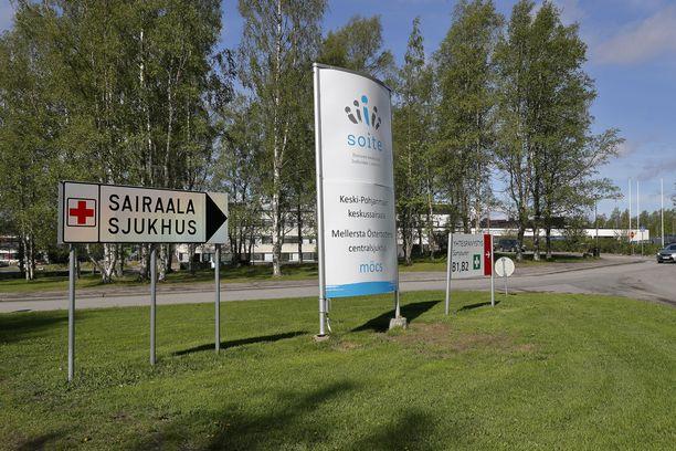 Keski-Pohjanmaan Kokkolassa sijaitsevan keskussairaalan suunniteltua leikkaustoimintaa joudutaan ajamaan alas. Sen poliklinikoille otetaan vain kiireellistä hoitoa vaativat potilaat.