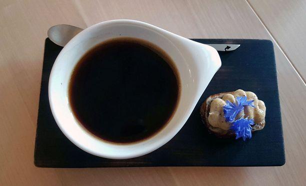 Kupillinen, jos toinen, kahvia kuuluu monen suomalaisen päivään.