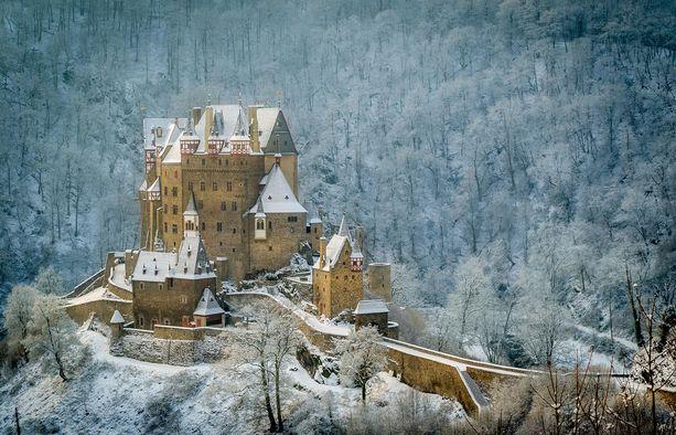 Burg Eltz on ollut saman suvun hallussa koko historiansa ajan.