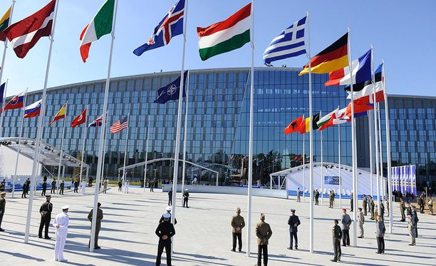 29 jäsenmaan muodostaman Naton päämaja sijaitsee Brysselissä.