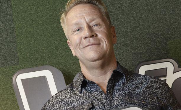 Olli Lindholm on yksi tulevan kauden tähtivalmentajista.