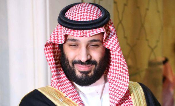 Saudi-Arabiaa hiertää myös Yhdysvaltain senaatin näkemys siitä, että kruununprinssi Mohammed bin Salman olisi vastuussa toimittaja Jamal Khashoggin murhasta. Kuvassa kruununprinssi MBS Tunisiassa marraskuussa 2018.
