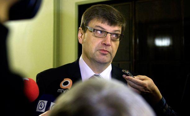 Valtakunnansyyttäjä Matti Nissinen ihmettelee Suomen oikeuspolitiikkaa.