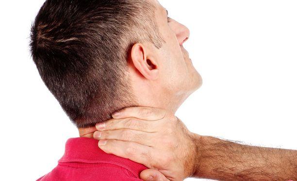 MS-taudin oireisiin kuuluu myös lihasten jäykkyys.