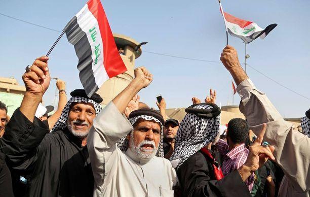 Irakissa osoitettiin Turkin suurlähetystön edessä mieltä viime viikolla, koska Turkin ei haluta osallistuvat Mosulin valtaukseen.