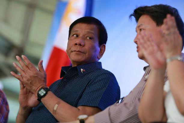 Presidentti Duterte on tullut tunnetuksi kovista puheistaan.