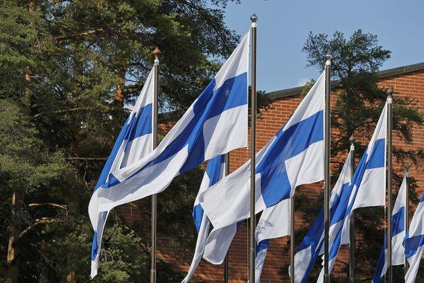 Maailman suurimman Suomen lipun on määrä nousta salkoon joulukuussa.