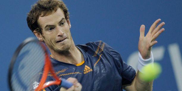 Andy Murray eteni US Openin kolmannelle kierrokselle.