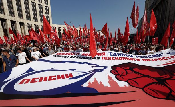 Moskovassa mieltä osoitti noin 10 000 ihmistä.