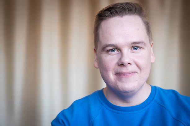 Monet muistavat Antti Tuomas Heikkisen myös suositusta M/S Romantic -sarjasta.