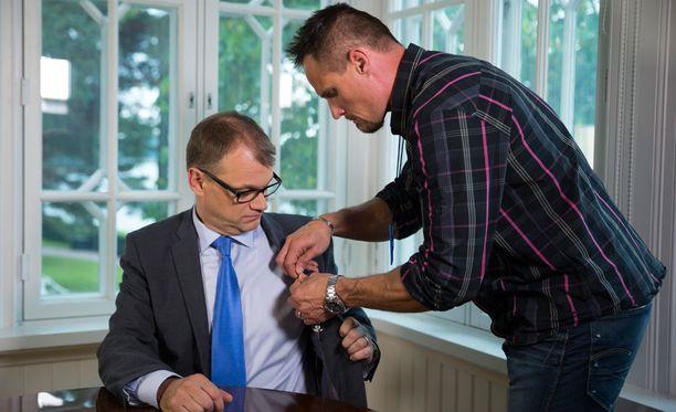 Sipilä vetosi puheessaan suomalaisiin lainaten presidenttiä.