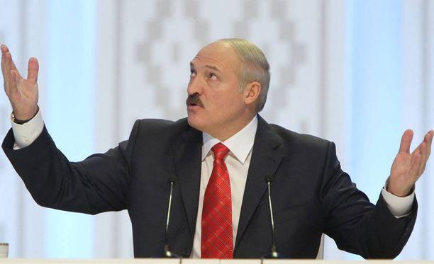 Presidentti Aleksander Lukashenko haluaa välttämättä 2021 MM-kisat Valko-Venäjälle.