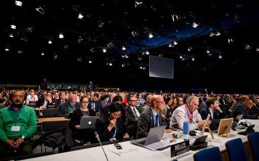 Puolassa sorvattiin sopuratkaisu – ilmastokokouksessa hyväksyttiin yhteiset säännöt
