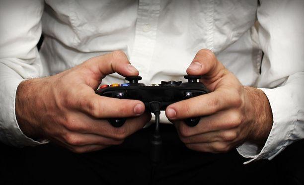 Videopelit voivat aiheuttaa riippuvuuden.
