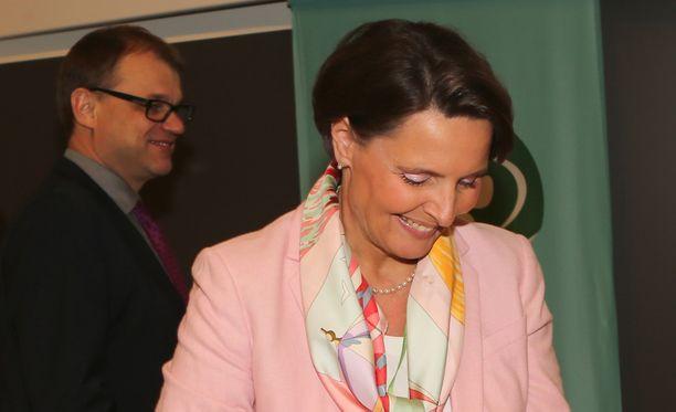 Anne Bernerin ja Juha Sipilän välit puhuttavat.
