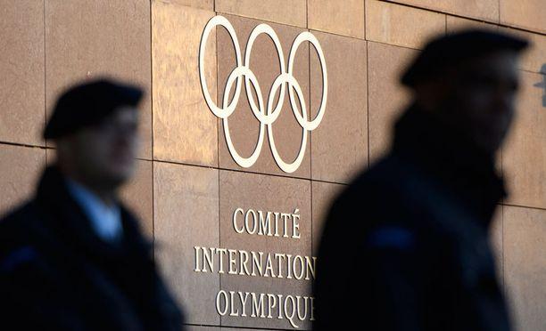 Kansainvälisen olympiakomitean pääkonttori Lausannessa kuvattuna eilen.