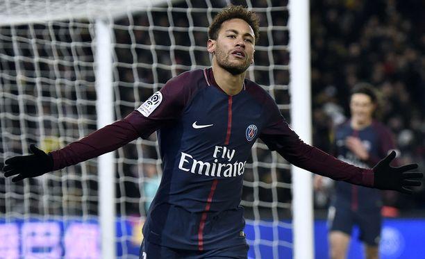 Neymar ei ole tyytyväinen elämäänsä Pariisissa.