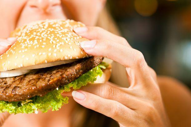 Suomalaisten suosikkiannos ravintoloissa on hampurilainen, kertoo MaRa.
