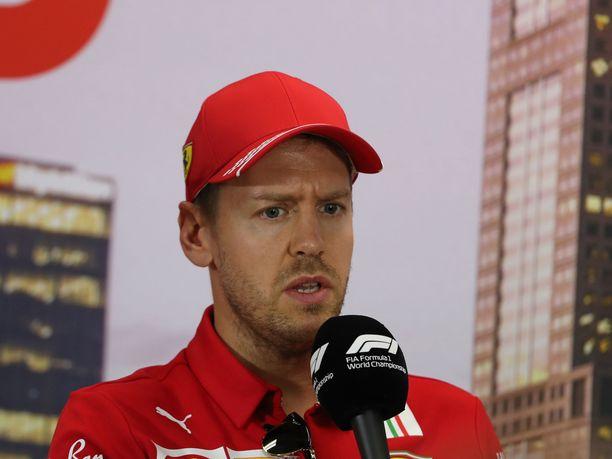 Sebastian Vettel joutuu tyytymään selvästi aiempaa pienempään palkkaan, mikäli hän haluaa jatkaa Ferrarilla.