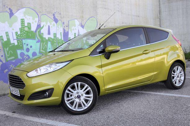 Käytetyn vähän ajetun 2015-mallisen Ford Fiestan saa noin 10 000 eurolla.