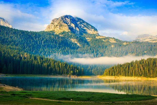 Montenegron paras luonnonpaikka on Durmitorin kansallispuisto.
