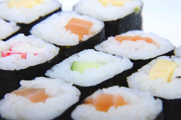 Tyypillisessä kahdeksan palan sushilounaassa on noin 470 kaloria.