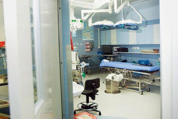 Naispotilas kuoli oltuaan polvileikkauksessa Dextra Koskisairaalassa Tampereella.