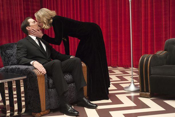 Agentti Cooper kohtaa henkilökohtaisessa kiirastulessaan vanhoja tuttuja.