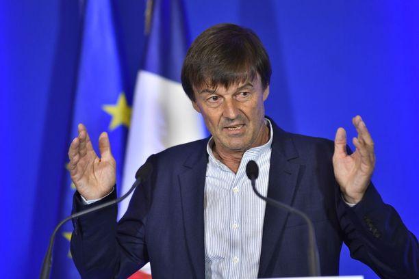Ministeri Nicholas Hulot esitteli suunnitelmiaan toimittajille torstaina.