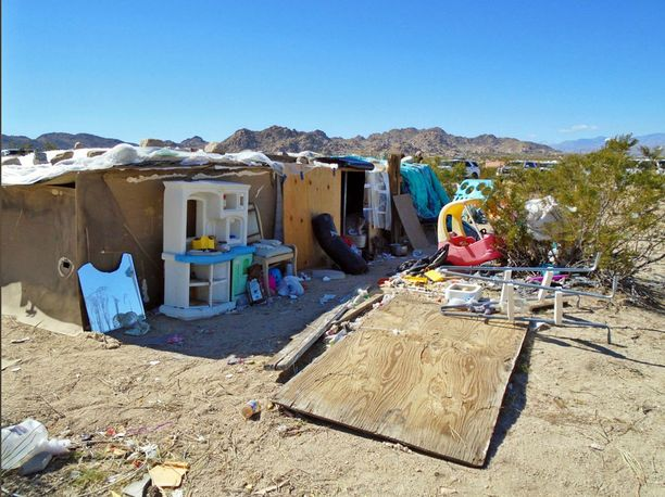Asumus oli kuin kaatopaikka.